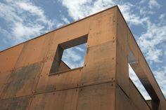 Casa Ferrum / Mark Merer + Landhouse