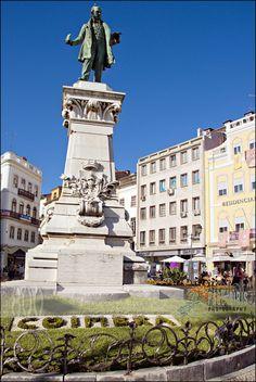 https://flic.kr/p/daT8xz | Entrance in Old Coimbra | Joaquim Augusto de Aguiar | Coimbra - Portugal