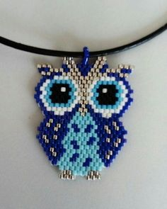 Beebeecraft video project on how to make red glassbeads ring Beading Patterns Free, Bead Loom Patterns, Beaded Jewelry Patterns, Bracelet Patterns, Beading Projects, Beading Tutorials, Beaded Crafts, Jewelry Crafts, Owl Jewelry
