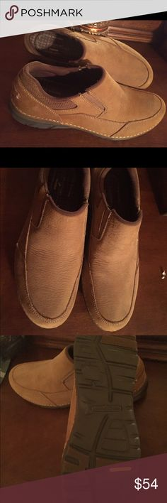 """ROCKPORT"" MEN'S LEATHER LOAFERS 👞 NWOT! Never Worn Tan Leather ""Rockport"" Loafers! Lightweight with moisture control and flex systems! Size 10 1/2 Medium Width. Rockport Shoes Loafers & Slip-Ons"