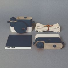 // Wooden Toy Camera