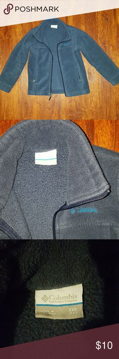 Boys Columbia fleece Navy blue Columbia fleece in great condition. No flaws, gently used. Columbia Jackets & Coats