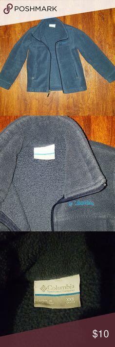 Boys Columbia fleece Navy blue Columbia fleece in great condition. No flaws, gently used. Columbia Jackets & Coats