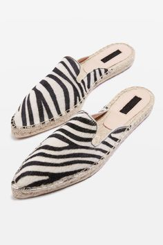 de2932fefbbe6 212 Best Flats are the future images in 2019