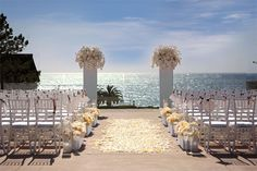 ocean view ceremony, pretty view without the sand  #lisakellycreative @LISA KELLY CREATIVE #weddinginspiration #wedding www.lisakelly.com.au