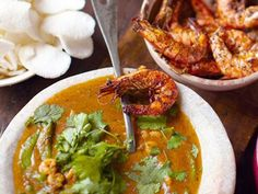 Jamie's 30-Minute Meals - Articles - Thai Red Prawn Curry and Papaya Platter Meal Recipe - Channel 4