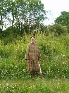 a60b7f6e43c7b1 Romano-Gaulish Woman s Garments – Rent A Peasant. The Romano-Gaulish Woman s  Garments from Les Martres de Veyre  A Possible Reconstruction.