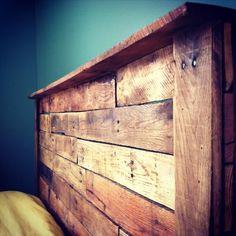 40 Recycled DIY Pallet Headboard Ideas | 99 Pallets