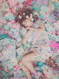Pin by ムギ on 多屋来夢 in 2020 Photography Props, Girl Photography, Fashion Photography, Emotional Photography, Drawing Reference Poses, Photo Reference, Harajuku Fashion, Kawaii Fashion, Angel Aesthetic