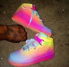 shoes blouse skirt rainbow nike sneakers air jordan punk yellow purple multicoloured nike india dope help me out ombre nike air force 1 Nike Air Force, Nike Free Shoes, Nike Shoes Outlet, Jordan Shoes Girls, Girls Shoes, Shoes Women, Nike Sneakers, Sneakers Fashion, Air Jordan Sneakers