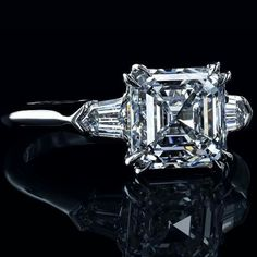 3 stone asscher cut diamond