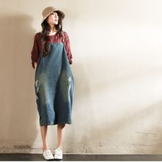 Blue Hole Hole Painter Cowboy Suspender Dress Clothes will not shrink,loose Cotton fabric, soft to the touch. *Care: hand wash or machine wash gentle, best to lay flat to dry. *Material: Cotton 45% Li