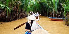 1999 € – 15 Tage Erlebnisreise Vietnam & Kambodscha, -350 € --  Ho-Chi-Minh-Stadt • mit Fahrrad und Boot im Mekong-Delta • Kochkurs • Ausflug zum schwimmenden Markt • Unesco-Welterbe-Altstadt von Hoi An • Fahrt über den Wolkenpass • Kaiserstadt Hue •   Hanoi mit Altstadt-Rundgang • Tal von Mai Chau mit Tanzvorführung der Muong • Tour durch die Reisfelder von Ninh Binh • Cuc-Phuong-Nationalpark • Dschunkenfahrt durch die Halong-Bucht • Weltkulturerbe Angkor Wat • Tempel von Ta Prohm