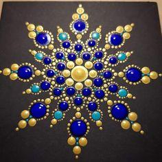 Gorgun-baydemir Dot Art Painting, Rock Painting Designs, Mandala Painting, Pebble Painting, Painting Patterns, Pebble Art, Stone Painting, Mandala Design, Mandala Pattern