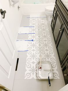 How to Paint Tile Floors arinsolangeathome Home Deco arinsolangeathome floors Paint painted floor tiles tile Stenciled Tile Floor, Painted Bathroom Floors, Painting Tile Floors, Bathroom Floor Tiles, Painted Floors, Tile Bathrooms, Painted Tiles, Modern Bathroom, Painting Over Tiles