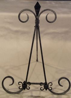 "15"" OLDE ENGLISH MEDIEVAL SILVER BLACK FLEUR DE LIS METAL EASEL DISPLAY HOLDER #Unbranded"