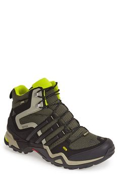 new style 832f7 cecf3 Men s adidas  Terrex Fast X High GTX  Hiking Boot Tenis Masculino, Ropa  Masculina