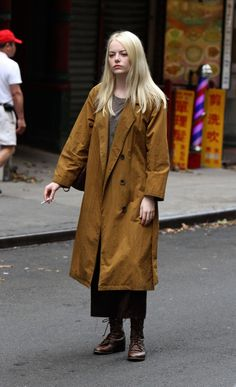 emma stone in maniac. Fall Outfits, Fashion Outfits, Womens Fashion, Emma Stone Blonde, Celebrity Magazines, Cool Girl, Celebs, Street Style, Style Inspiration