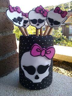 Cucadas de mami: Lapicero y puntas de lápices Monster High