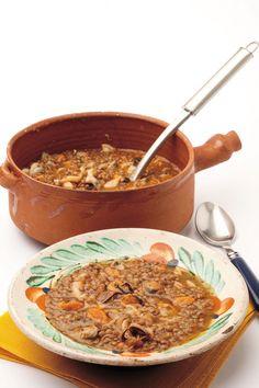Zuppa di lenticchie e frutti di mare