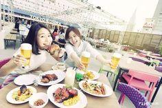 japankuruWanna do BBQ together! Wanna drink beer together! Let's go to the BEER GARDEN in Shinjuku!  #lumine #beergarden #beer #shinjuku #bbq #japankuru #japan #cooljapan #tokyo #100tokyo #summer #kosora