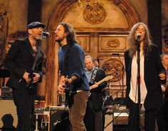 Michael Stipe of R.E.M. performs with Eddie Vedder of Pearl Jam and Patti Smith during a rehearsal for the 22nd Annual Rock and Roll Hall of Fame Induction Ceremony in New York on March 12th, 2007