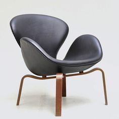 1000 ideas about swan chair on pinterest arne jacobsen. Black Bedroom Furniture Sets. Home Design Ideas