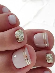 20 trendy winter nail colors & design ideas for 2019 – thetrendspotter – ★ nail art – nails design – Beach Toe Nails, Gold Toe Nails, Pretty Toe Nails, Cute Toe Nails, Summer Toe Nails, Winter Nails, Diy Nails, Acrylic Nails, Pretty Toes