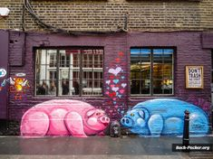 London Street Art and Graffiti: 19 awesome artists   http://www.back-packer.org/london-street-art-graffiti-19-awesome-graffiti-artists-photo-essay/