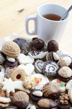 Nujerra syömishimot! 6:lla vinkillä eroon napostelukierteestä. I www.fit.fi Cereal, Cookies, Breakfast, Desserts, Food, Eggs, Crack Crackers, Morning Coffee, Tailgate Desserts
