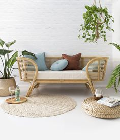 The Lounger (next delivery April 2017)