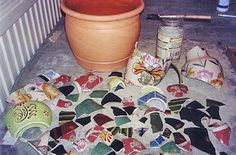 I've seen this #mosaic #tutorial before, I remember it being a good one for curved projects.