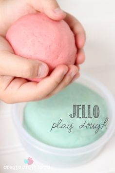 Quick and easy kid's project - Jello Play Dough! Great sensory play and kids activity idea. Toddler Fun, Toddler Activities, Activities For Kids, Preschool Lessons, Preschool Ideas, Preschool Crafts, Projects For Kids, Diy For Kids, Cool Kids