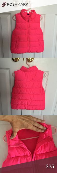 Baby gap vest / 4 yrs old Has a little dirt on the inside collar but isn't noticeable at all. Otherwise excellent condition GAP Jackets & Coats Vests