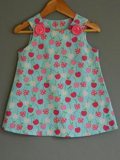 Baby Dress Design, Baby Girl Dress Patterns, Baby Clothes Patterns, Baby Frocks Designs, Kids Frocks Design, Kids Dress Wear, Little Girl Dresses, Dress Girl, Smocked Baby Dresses