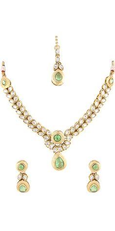 Green Kundan Necklace Set.