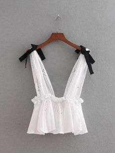 Floral EmbroideryCrop Top Sleeveless Stretchy Hollow Out Tank Bow Tie Straps Camis Cute Summer Outfits, Pretty Outfits, Cute Outfits, Diy Clothes, Clothes For Women, Kids Dress Wear, Crop Top Outfits, Festival Outfits, Ladies Dress Design