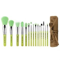 Набор кистей Green Bambu Complete 15pc. Brush Set with Roll-up Pouch