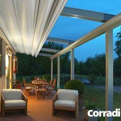 MODERNE TERRASOVERKAPPING | CORRADI De Pergotenda 45 is eenmoderne terrasoverkapping  verkrijgbaar in zowel een schuinaflopende als horizontale uitvoering , waardoor deze altijd is aan te passen aan de unieke stijl .