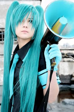 Miku love is war cosplay