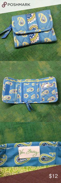 Vera Bradley wallet NWOT Bermduda Blue Vera Bradley tri-fold Velcro closure, NWOT, Bermduda pattern, retired July 2007. Questions???  Please ask Vera Bradley Bags Wallets