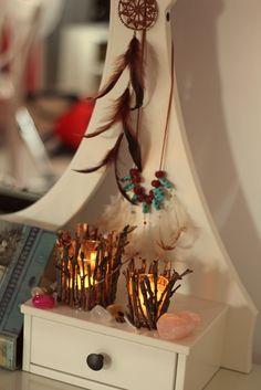 Do it yourself / Part 1 Follow Follow, Handmade Jewellery, People, Home Decor, Handmade Jewelry, Decoration Home, Room Decor, People Illustration, Home Interior Design
