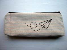 love that stitching creates notebook paper look on this zipper bag!