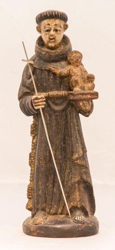 Imagem de Santo Antônio, madeira policromada. Bahia, século XIX. Alt. 25cm. Não vendido. Base 950,00.