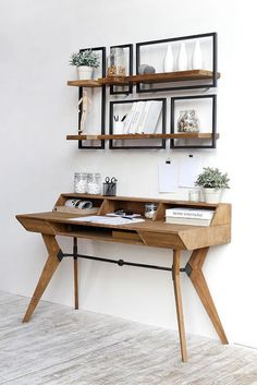 These five SHELFMATE modules fit perfectly above the d-Bodhi Tango writing desk. Home Office Design, Home Office Decor, House Design, Desk In Living Room, Bedroom Desk, Shelves Above Desk, Floating Shelves, Apartment Desk, Small Apartment Decorating