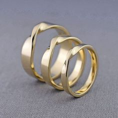 Gold Mobius Bands #lilyemme #gold #ring