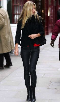 Kate Moss out in London, March 2005