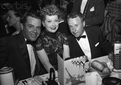 Find images and videos about Lucy, Lucille Ball and desi arnaz on We Heart It - the app to get lost in what you love. Hollywood Actor, Golden Age Of Hollywood, Classic Hollywood, Old Hollywood, I Love Lucy, Love Is All, As You Like, Lucy Lucy, Queens Of Comedy