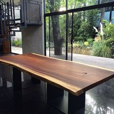 Oh my gorgeous table! Love that #liveedge #custom #dining #table #tablelove #ihaveathingwithtables #inspiration