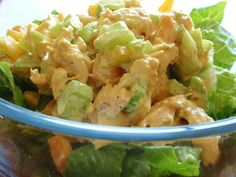 Healthy easy Chicken Salad with Apples and Celery. Mango Chicken Curry, Mango Curry, Chicken Curry Salad, Grilled Chicken Salad, Chicken Salad Recipes, My Recipes, Whole Food Recipes, Cooking Recipes, Cooking Ideas